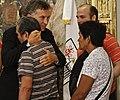 Mauricio Macri recibió a familiares de las víctimas de la tragedia de Once (8528174937).jpg