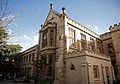 Melbourne University grand building.jpg