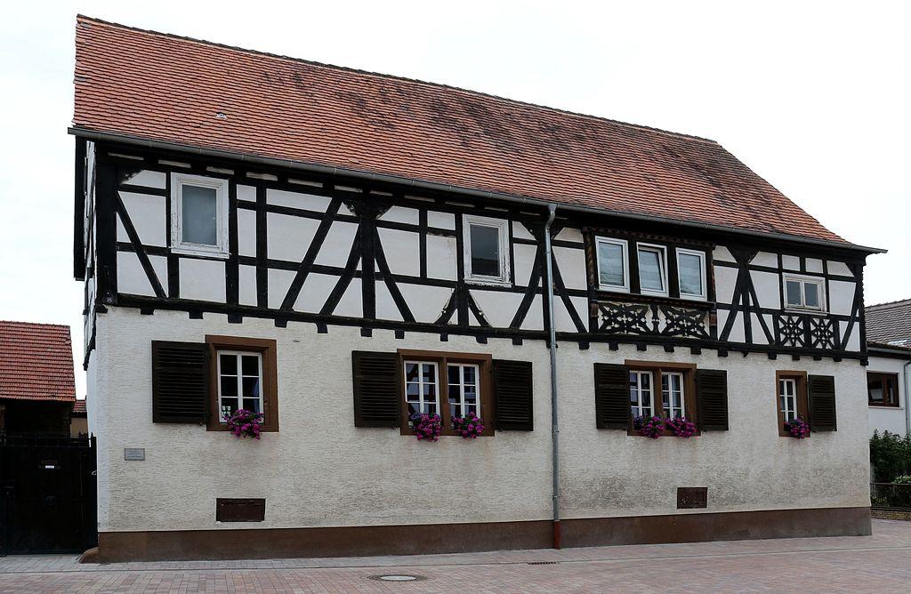 Messel Hanauer Str 16