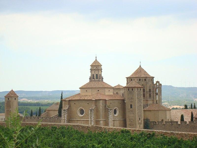 Monasterio Poblet Vimbodí Spain - panoramio.jpg