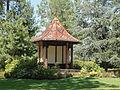 Montmorency (95), parc de la Mairie, pavillon chinois 2.JPG