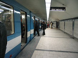Guy-Concordia station - Platform at Guy-Concordia station
