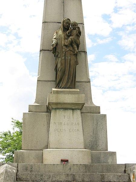 Armistice du 11 novembre : petite pensée pour mon grand-père et ses camarades 450px-Monument_de_Notre-Dame-de-la-Marne_3