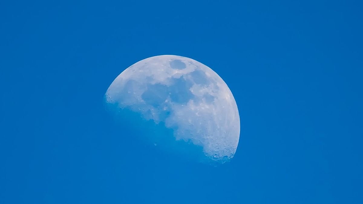 Blue Sky Full Moon But Not Blue Moon >> Lunar Phase Wikipedia