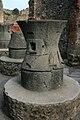 Muiño romano en Pompeia.jpg