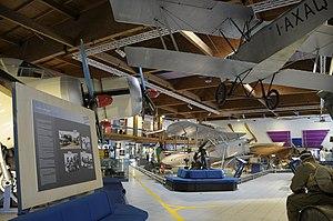 Museo dell'Aeronautica Gianni Caproni S.79, G.51bis and Ca.163.JPG