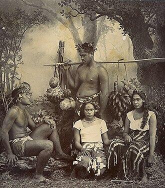 Tahitians - Image: Native Tahitians