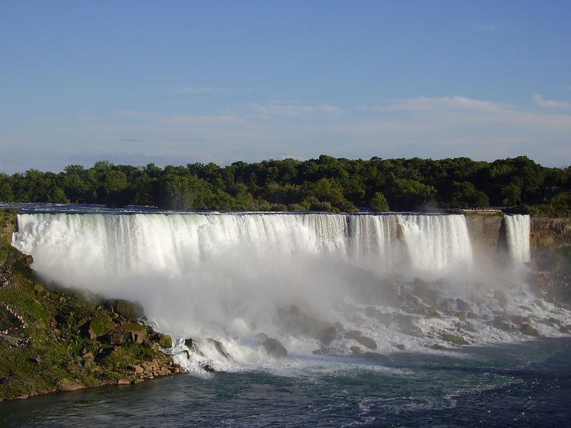 Imagem:Niagara Falls (American Falls).jpg