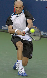 Nikolay Davydenko at the 2008 Rogers Cup.jpg