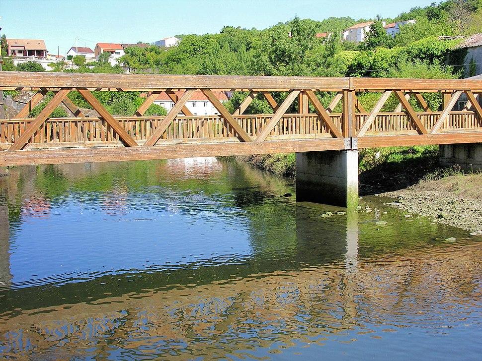 Noia Ponte madeira
