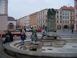 Olomouc, Horní náměstí, Arionova fontána (01).jpg