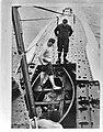 Onderzeeboot Hr. Ms. O21. sloep wordt vrijgemaakt, Bestanddeelnr 935-0315.jpg