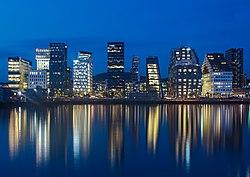 Oslo at night.jpg