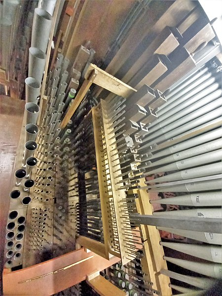 Datei:Püttlingen, Liebfrauenkirche (Haerpfer-Orgel, Hauptwerk) (1).jpg