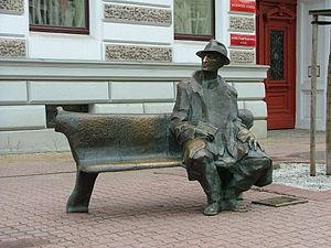 Julian Tuwim Monument, Łódź - Julian Tuwim Monument