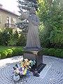 POL Zabrzeg Pomnik Londzina przy kościele św. Józefa.JPG