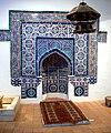 Pakistan Qibla-Wand mit Mihrab Linden-Museum.jpg