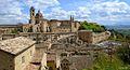Palazzo Ducale-di Urbino panoramica.jpg