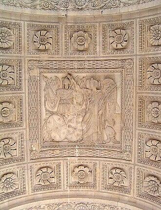 Arc de Triomphe du Carrousel - Central bas-relief under the main arch