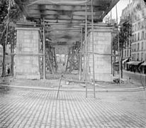 Paris Metro construction 03300288-1.jpg