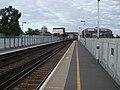 Peckham Rye stn platform 3 look east.JPG