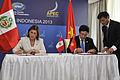 Perú y Vietnam suscriben Memorándum de Entendimiento y Cooperación en APEC (10170803436).jpg