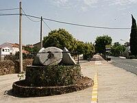Perales del Puerto maalstenen uit oliemolen.jpg