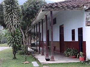 Perspectiva de la Estación del Ferrocarril Camilo Restrepo. Amagá (Antioquia).JPG