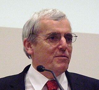 Peter Carter (author)