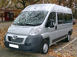 Peugeot Boxer front 20071108