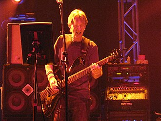 Phil Lesh and Friends - Image: Phil Lesh & Friends July 3, 2008 The Pageant, St. Louis (2)