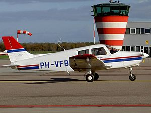 Piper PA-28-161 PH-VFB.JPG