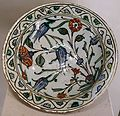 Plate with flowers, Iznik, Turkey, 16th-17th century AD, glazed ceramic - Cinquantenaire Museum - Brussels, Belgium - DSC09089.jpg