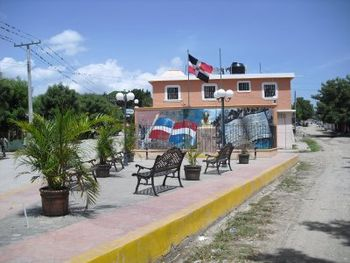 Plaza Juan Pablo Duarte%2C Vallejuelo. Republica Dominicana.