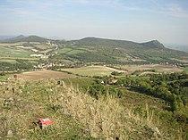 Plesivec 477m Ceske stredohori Vlastislav LT CZ view towards E 172.jpg