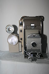 Polaroid 800 with wink light (4991582314).jpg