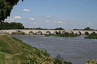 Pont de Beaugency 2.JPG