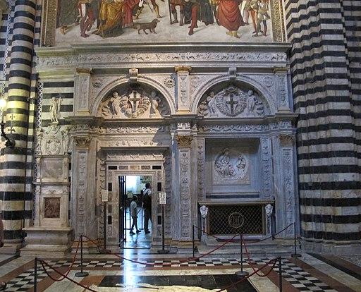 Portale della Libreria Piccolomini del Marrina, Siena Duomo