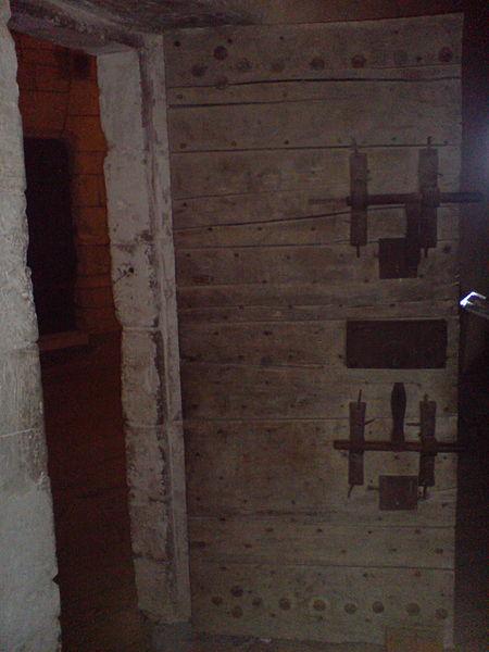 Restr porte de prison tour de la lanterne la rochelle for Laporte jail