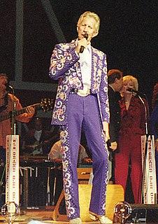Porter Wagoner American recording artist; country singer, songwriter
