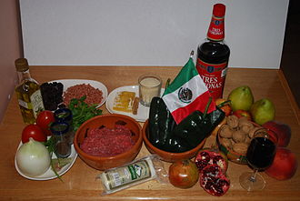 Chiles en nogada - Ingredients for the preparation of the dish