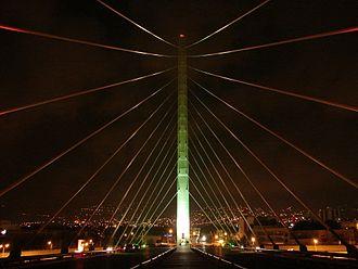 Cantilever spar cable-stayed bridge - El Puente Atirantado. Monterrey, Mexico
