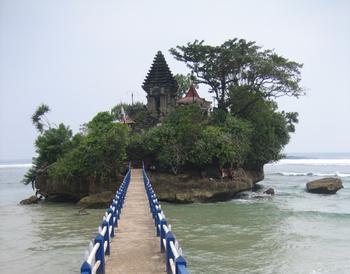 Image result for Pantai Balekambang - Pemandangan Indah Di Jawa Timur