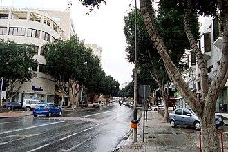 Makarios Avenue - Image: Raining Makariou Avenue in downtown Nicosia Republic of Cyprus