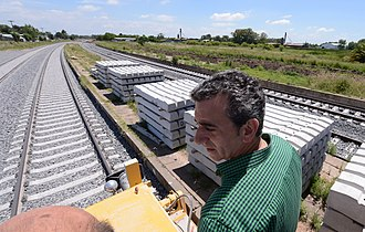 Florencio Randazzo - Randazzo overseeing rail constriction on the General Roca Railway.