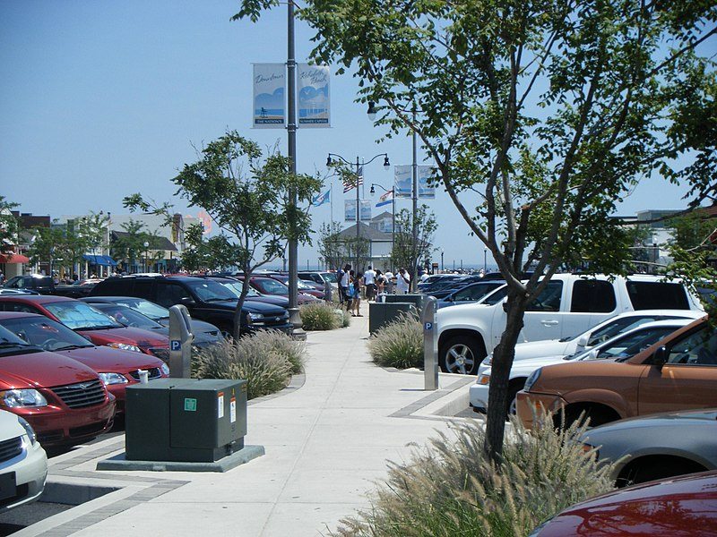 File:Rehoboth Avenue EB past First Street.JPG