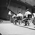Repetitie van een orkest, vermoedelijk het Israël Philharmonic Orchestra in het , Bestanddeelnr 255-1740.jpg