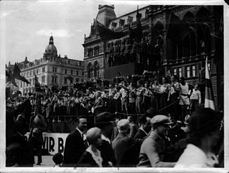 First Austrian Republic - Social Democrats celebrating May 1, 1932