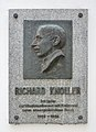 Richard Knoller plaque, TU Vienna.jpg