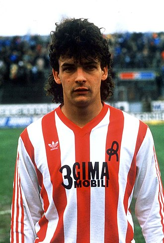 Roberto Baggio - Roberto Baggio on his debut with Lanerossi Vicenza